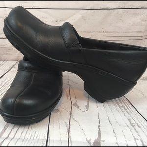 Soft Walk Women's Black Clogs Shoes Size 6.5M